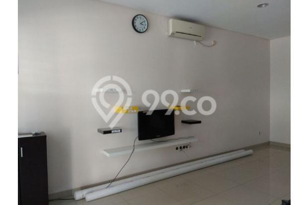 Rumah 2,5 lantai full furnished di Puri Mansion 13961027
