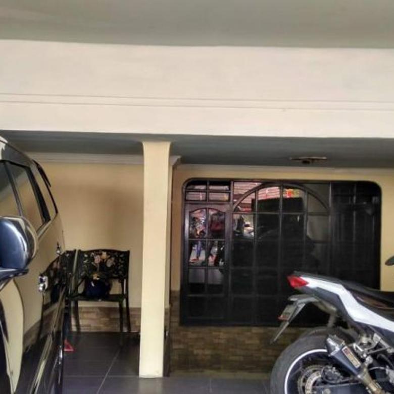 Rumah 2 Lantai Disewakan Lokasi Strategis di Cimanggis Depok