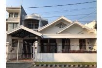 Rumah di Nirwana Eksekutif dengan kondisi bagus dan terawat, Surabaya