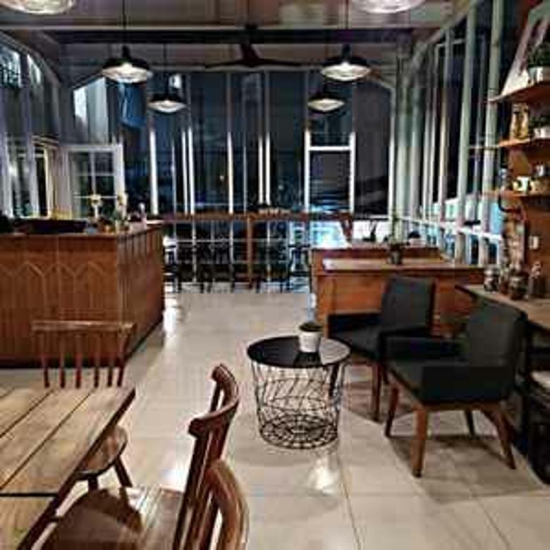 Cafe Aktif Dekat IBCC (Hitung Tanah), Bandung