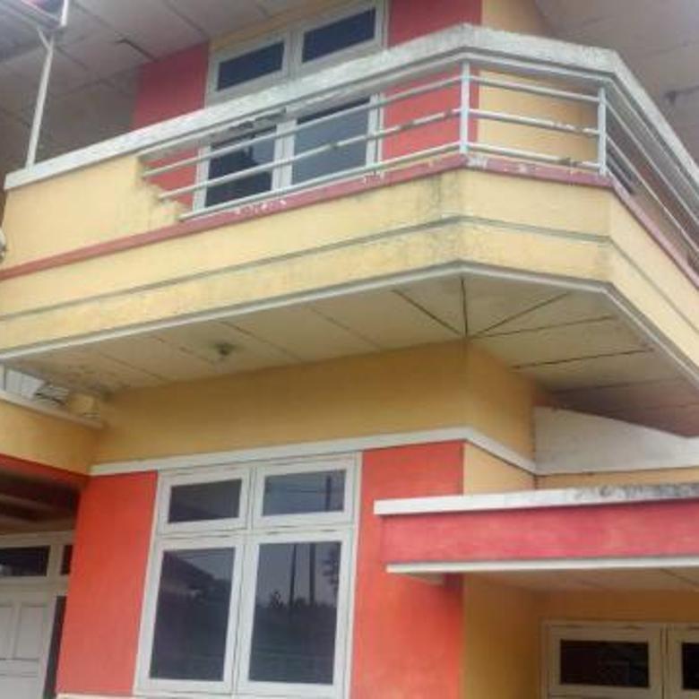 Cepatt Rumah Villa + tanah kebun lokasi strategis pinggir jalan raya propinsi Di Bayongbong Garut