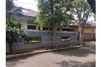 Rumah Luas dan Asri di Cempaka Putih Tengah Jakarta Pusat