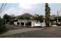 Dijual Rumah Luas Siap Huni Hook di Nusa Loka BSD City Tangerang Selatan