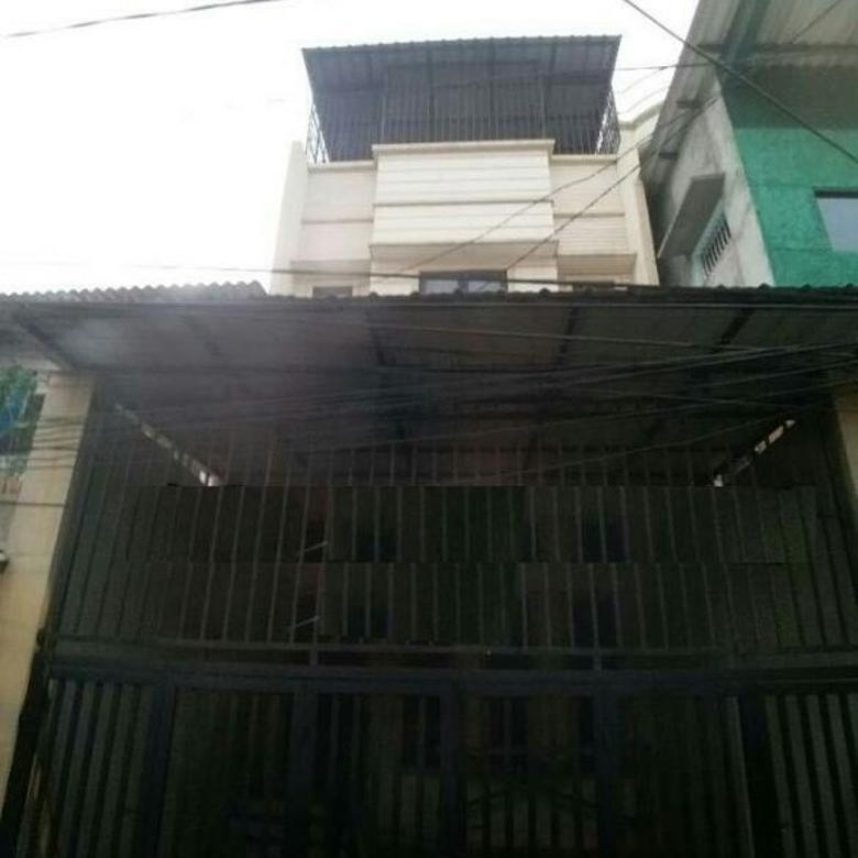 rumah full renovasi uk 5x20m plong di jelambar
