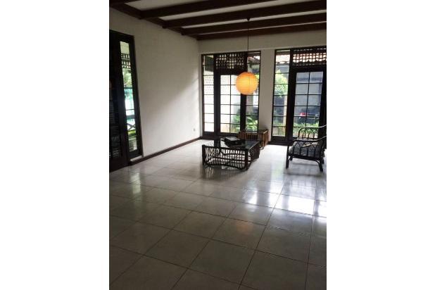 Disewa Rumah Asri Strategis di Lebak Bulus Jakarta Selatan 15830021