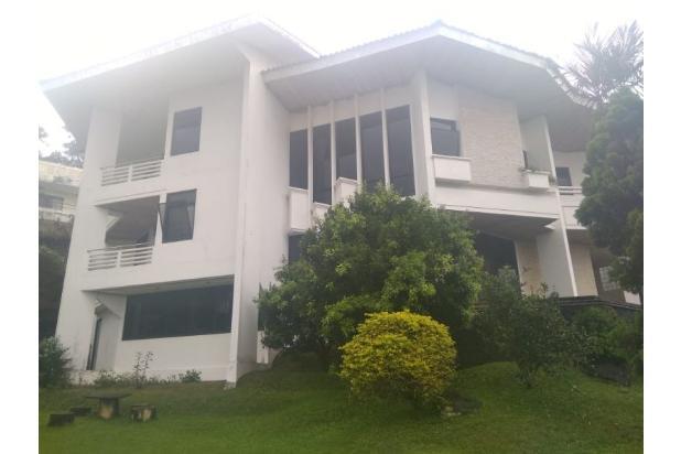 Rp7mily Vila Dijual