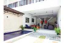 Villa Komplek Dewi Sri Kuta