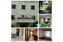 Hotel Mazaya Sebrang Mall Metropolitan, Samping BCP