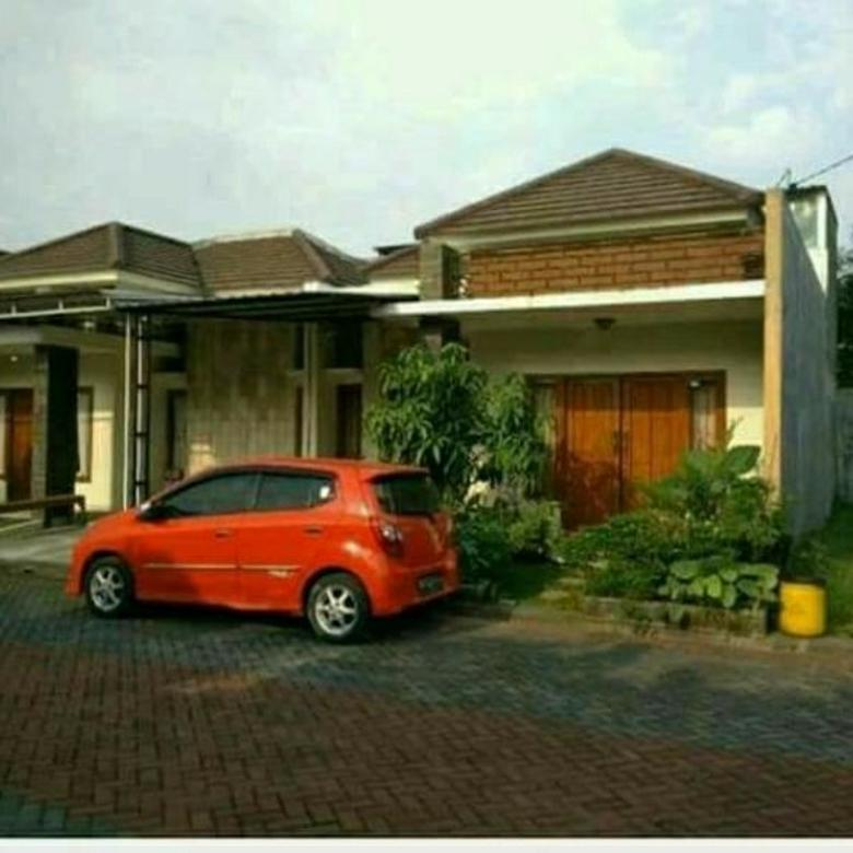 Ardy(085225884771) Rumah Bagus Nyaman 99m² di Gentan Sukoharjo