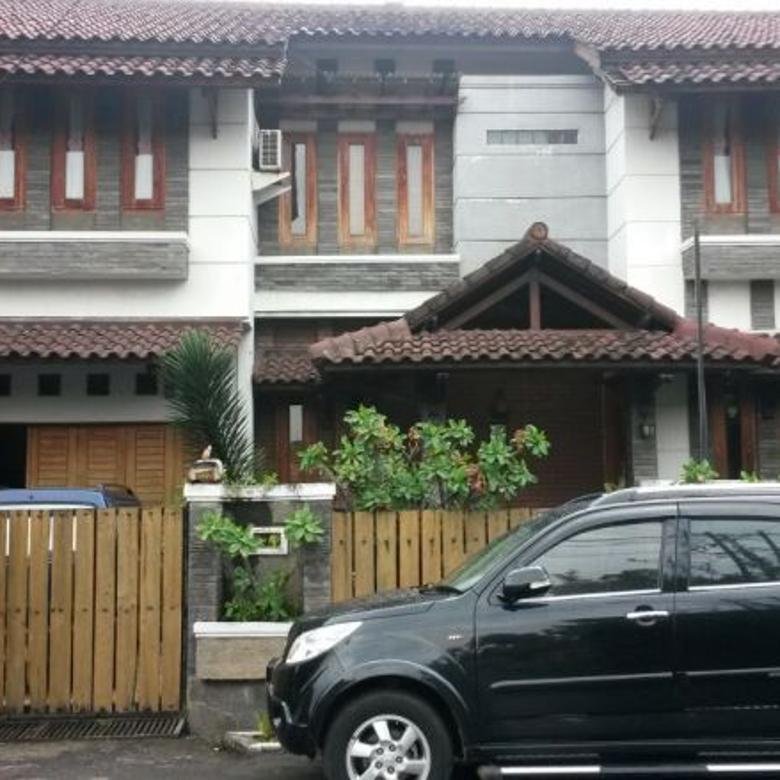 Jual Rumah Bergaya Country Daerah Soekarno Hatta, Bandung