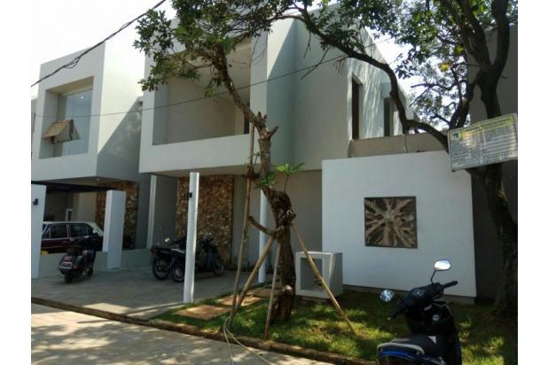 TOWN HOUSE 2 Lt Investasi yg sangat menguntungkan Di Setu Jakarta Timur 13245650