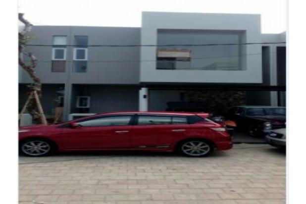 TOWN HOUSE 2 Lt Investasi yg sangat menguntungkan Di Setu Jakarta Timur 13245664