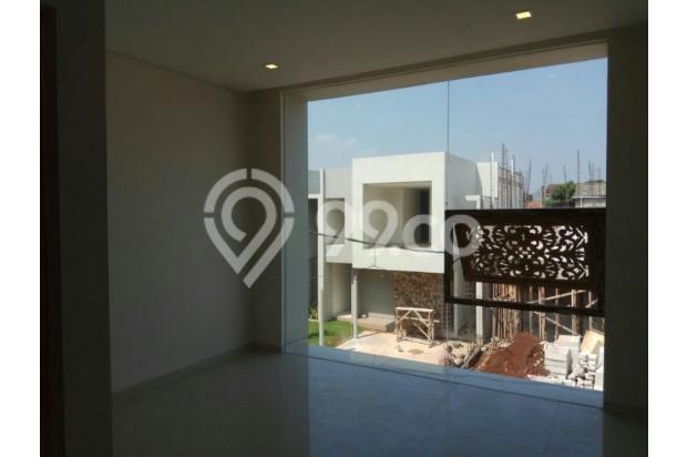 TOWN HOUSE 2 Lt Investasi yg sangat menguntungkan Di Setu Jakarta Timur 13245733