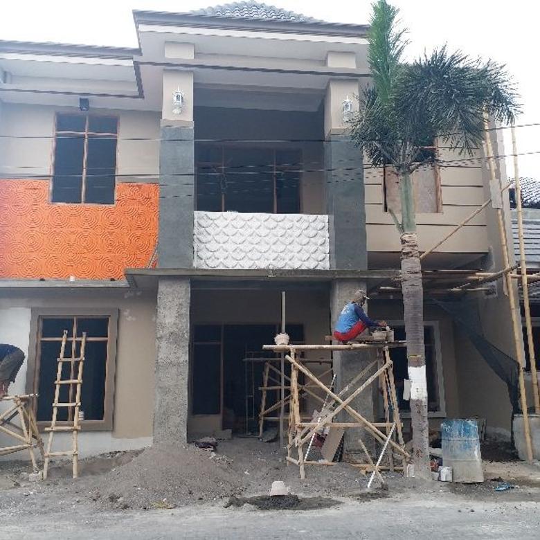 Dijual Rumah Mewah 2 Lantai di Mangesti Gentan