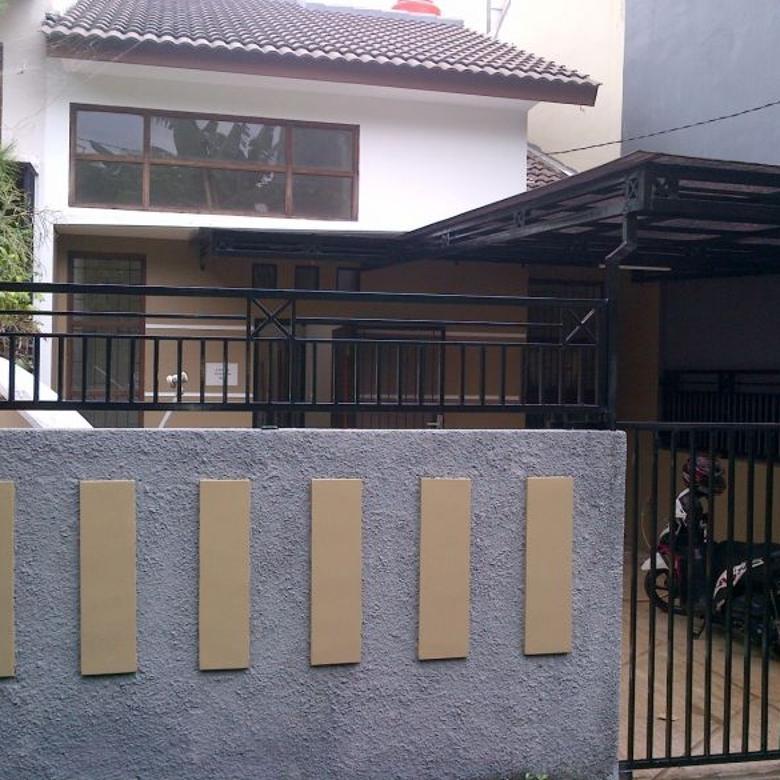 Rumah Sewa 1,5 LT Dkt hoek semi cluster Tenang Nyaman