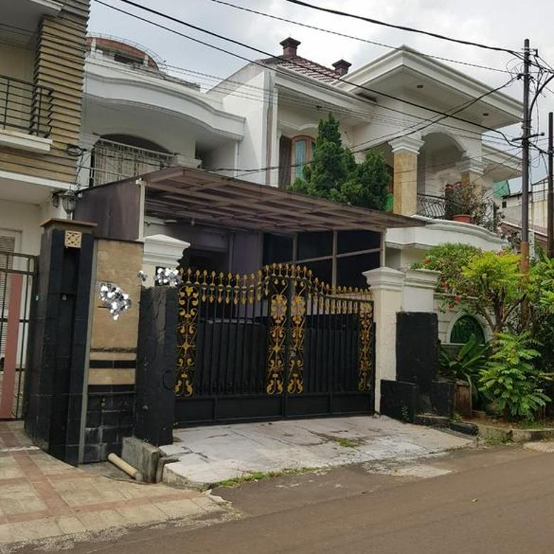 Dijual Rumah Nyaman Lokasi Nempel Pondok Indah