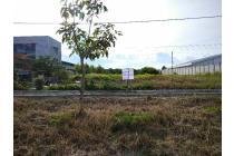 Tanah luas sudah timbun di jl Soekarno Hatta