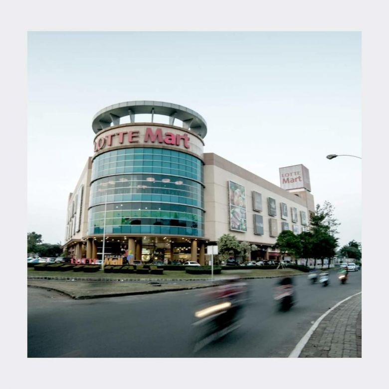 The accent bintaro next to lotte mart