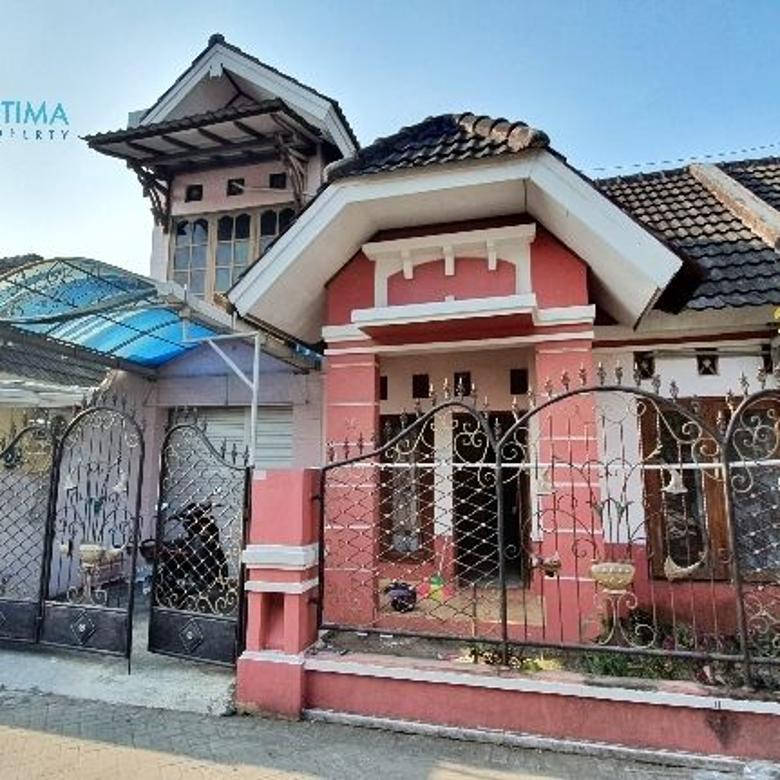 Rumah 2 Lantai di Barat Jl Kaliurang Km 9 dekat UGM dan UII