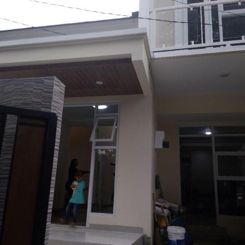 Rumah Baru Renovasi asri di Jl.Blok M Cinere
