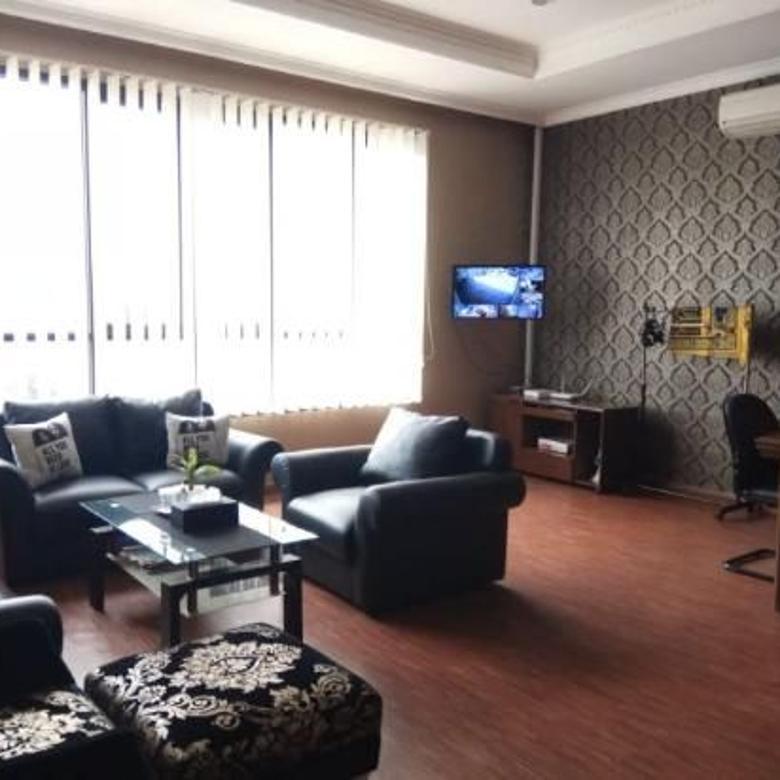 Dijual Gedung Kantor 2 Lantai Strategis di Sektor 1 Bintaro
