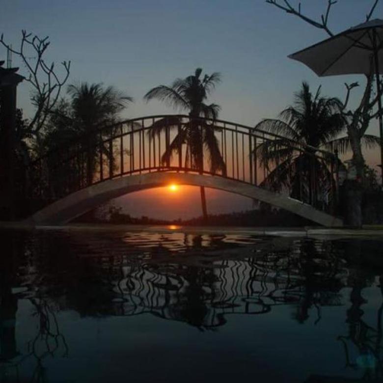 Dijual Cepat Vila Full View Sunset Batu Layar, Senggigi Lombok