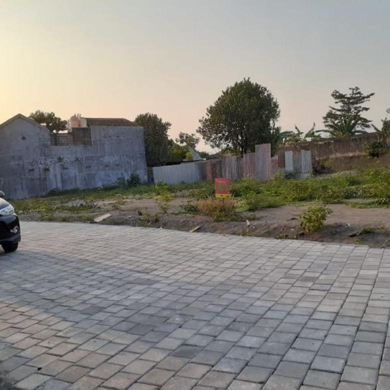 Kav Tanah Utara Pogung, Include Fasum di Jalan Kaliurang KM 6