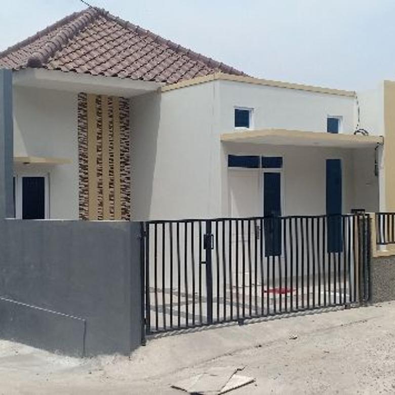 Dijual rumah cluster 72 unit sisa pojok Cash kpr Jakarta timur
