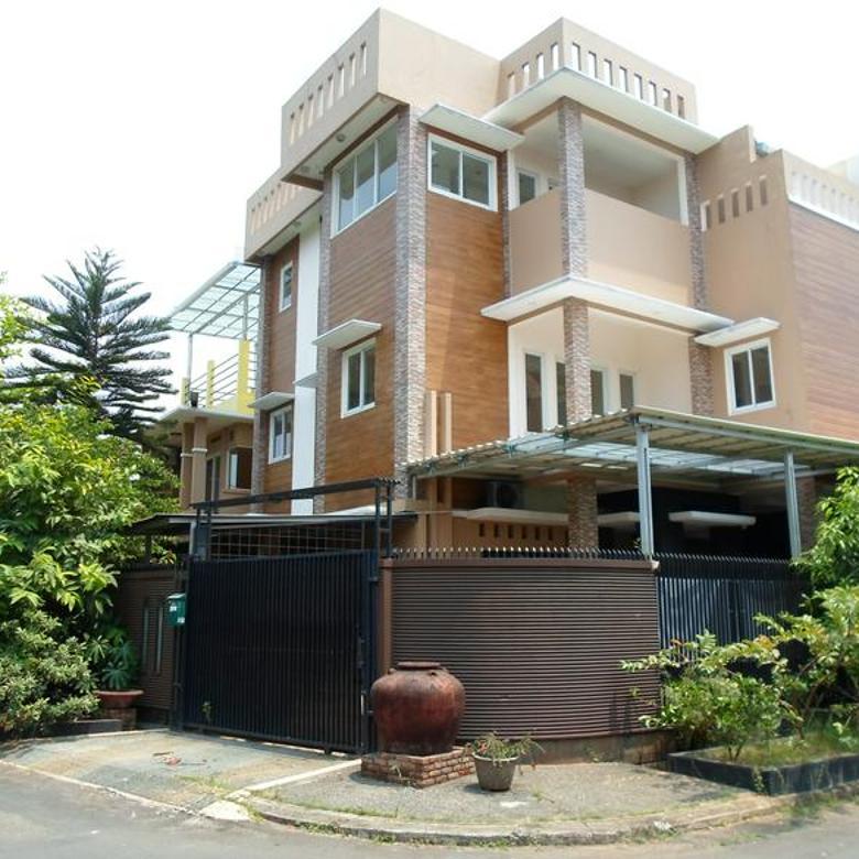 Rumah Nyaman Dalam Cluster Villa Tampak Siring,Pondok Melati,Bekasi.