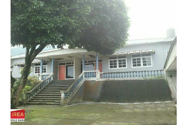 rumah villa tawang mangu solo