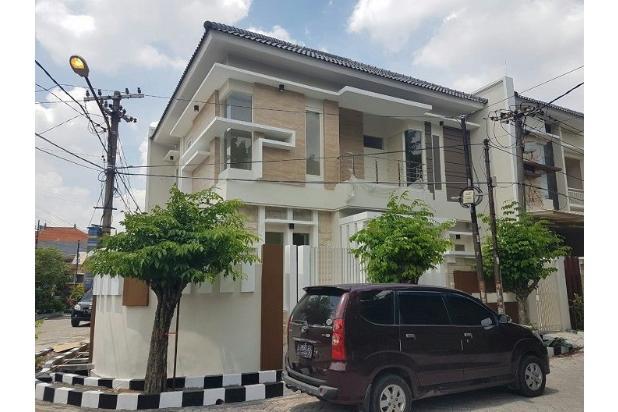 Rumah hook minimalis 2 carport di Sutorejo Timur, Surabaya 15145408