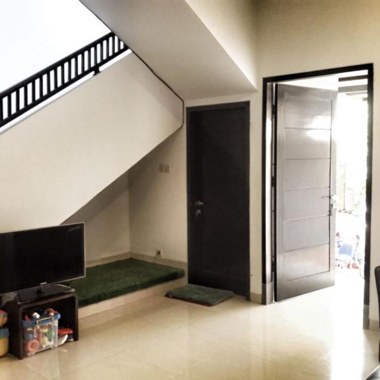 Rumah-Jakarta Selatan-2