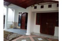 Dikontrak rumah di taman royal. Tangerang