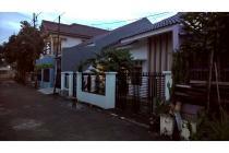 Dijual Rumah Bagus dengan Tanah Luas di Harapan Jaya, Bekasi