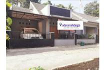 rumah minimalis purwomartani