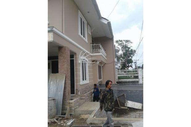Dijual Rumah Siap Huni Lokasi Strategis dekat Tol di Babakan Jeruk 11527038