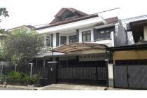 Dijual Rumah 3 Lantai di Pondok Indah, Jakarta