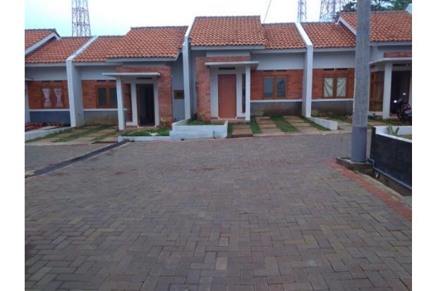 Rumah modern berlokasi sangat strategis dekat kota. Rumah di jatinangor 17699746