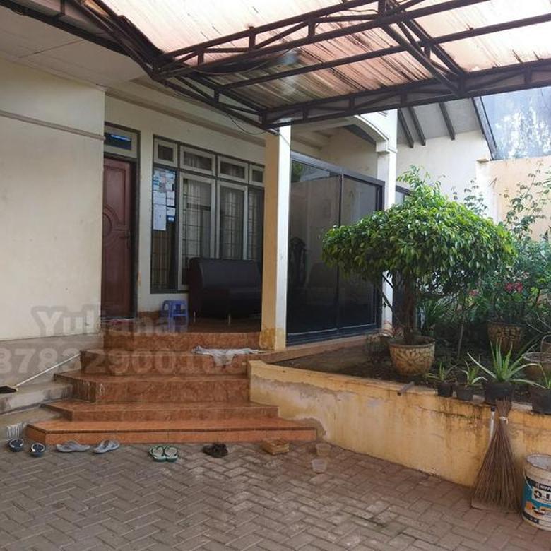 Rumah Tengah Kota siap pakai di Jl. Puspowarno, Semarang