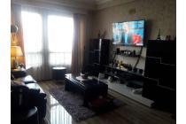 Disewakan Apartemen Baru View Pool di Beverly Surabaya