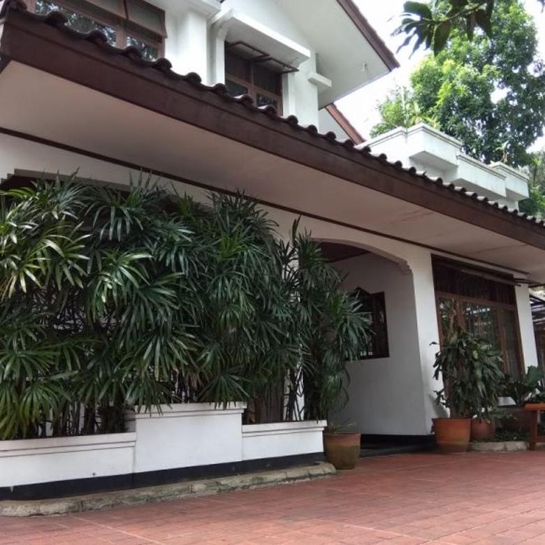 Rumah Cantik Asri Daerah Deplu Cilandak