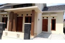 Rumah Jl Bantul Jogja, Sonopakis dekat IKIP PGRI
