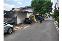 Dijual Kos eksklusif ada rumah induknya di Jl.Kaliurang !!!