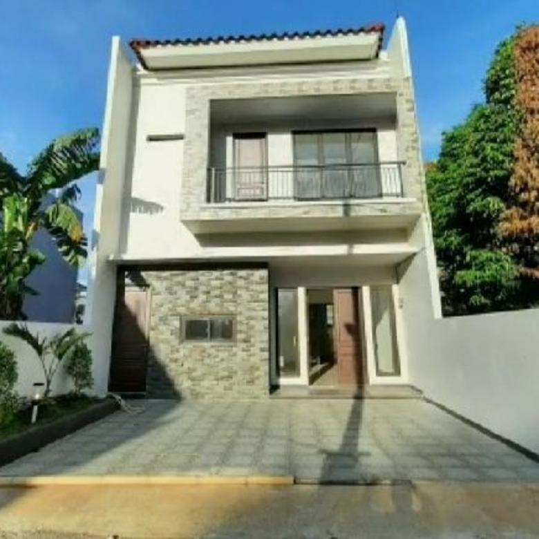 Dijual Rumah di Lebak Bulus Jakarta Selatan