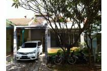 Rumah 3 lantai dengan lingkungan asri di Taman Lembah Hijau-Lippo Cikarang