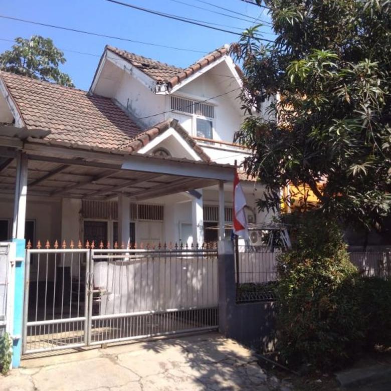 Dijual cepat murah rumah tinggal 2 lantai di Limus Pratama