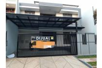 Rumah di Pondok Cabe, Renoved Total, 2Lt di Modern Hill