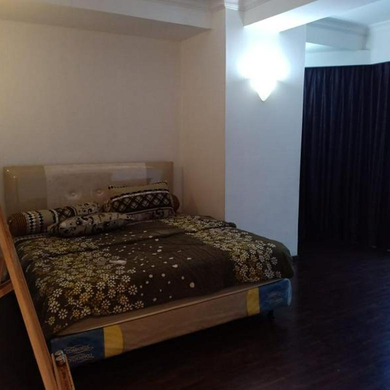 Super Murahh!! Apartemen Taman Anggrek Condo 3BR+1 Furnished Bagus Middle Floor