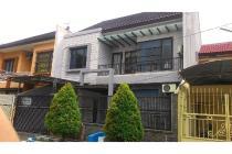 Rumah Manyar Jaya Bagus Kokoh Lingkungan aman tenang tidak banjir LANGKA