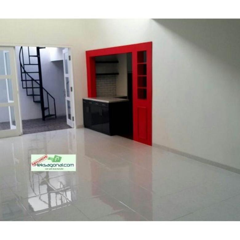 Rumah Dijual Mertilang Bintaro Jakarta selatan HKS3447